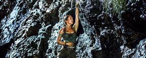 """Tomb Raider"" Posterinde Alicia Vikander Mücadeleye Hazır!"