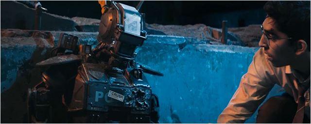 Neill Blomkamp'ın Son Filmi Chappie'den İlk Fragman!