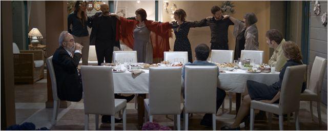 """Aile Draması """"Yemekteydik ve Karar Verdim"""" Yarın Vizyonda..."""